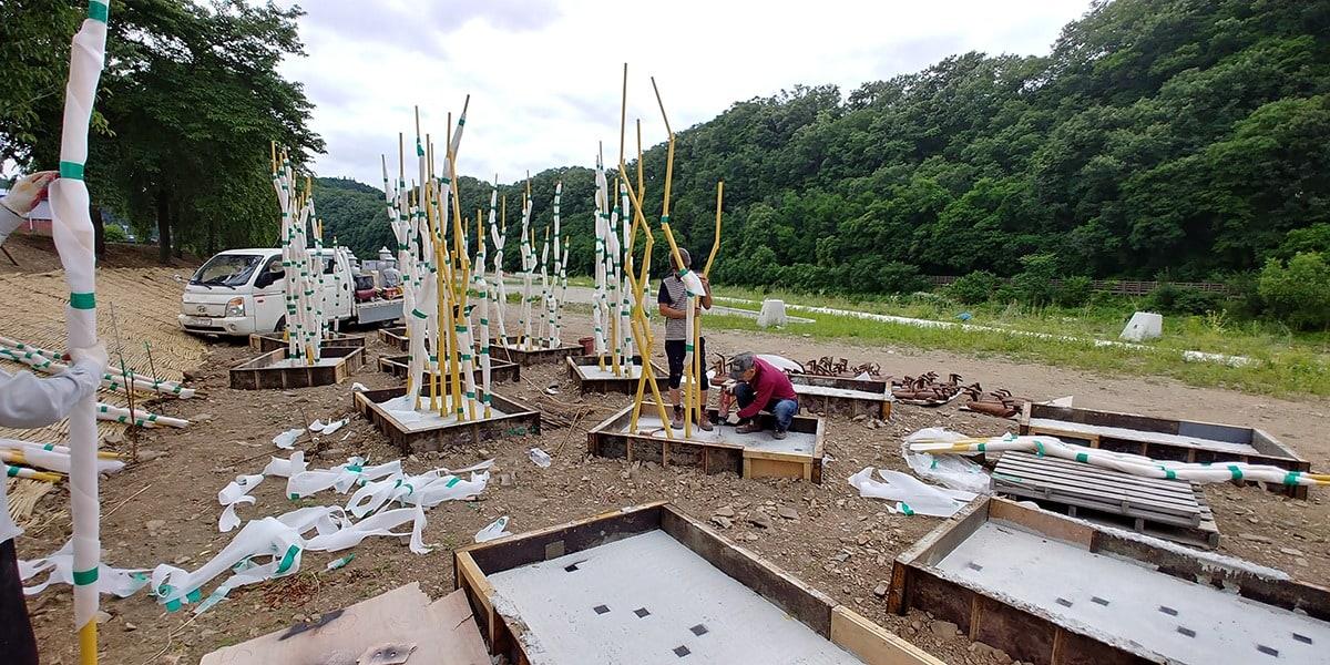 의성 남대천 공향의강 정비사업 중 솟대 제작 설치